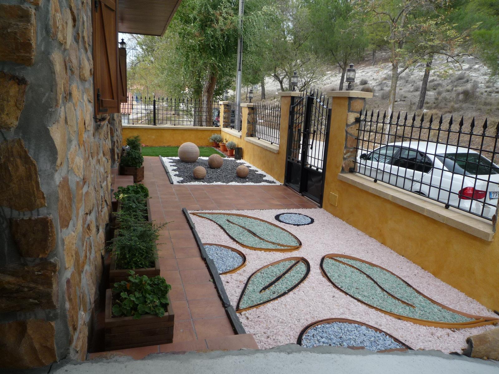 Ridos decorativos turbas mu oz productos de jardineria for Articulos decorativos para jardin